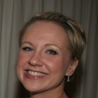 Laura - one of our Dating Experts